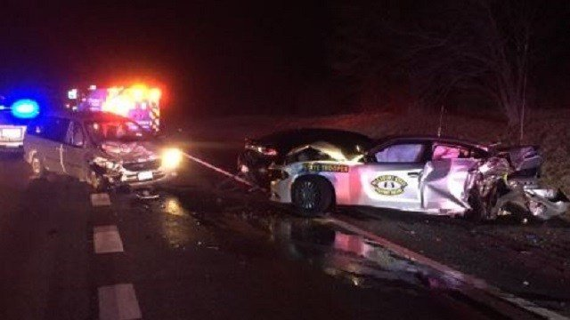 Patrol cruiser involved in I-80 crash in Austintown