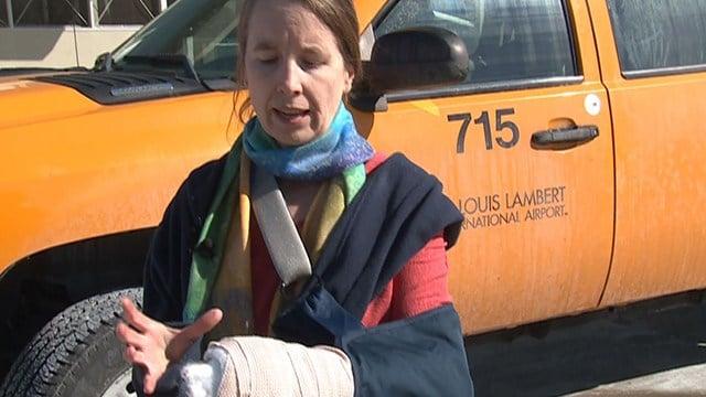 Anne Alerding endured a nightmarish day of travel after her cast set off TSA alarms. (Credit: KMOV)