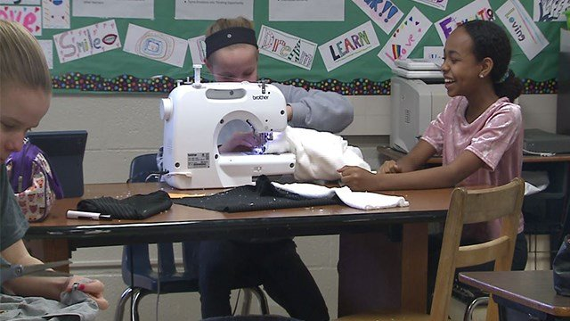 North Kirkwood Middle students design their own clothes for their fashion show ( Credit : KMOV)