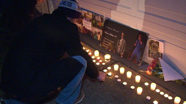 Family and Friends hold candlelight vigil for stabbing victims in Maryland Heights