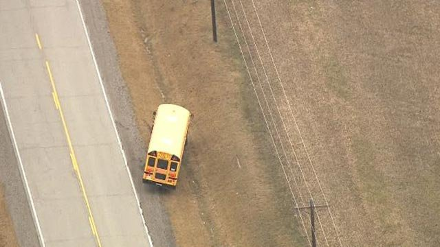 A school bus on the side of the road in Hamel, Illinois (Credit; KMOV)