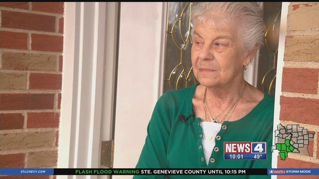 Sandy Parmeley speaks to News 4 about her fear of the rising water at Joachim Creek Saturday (Credit: KMOV)