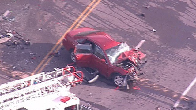 A fatal multi-vehicle crash has closed Highway 61/67 Tuesday morning. (Credit: KMOV)