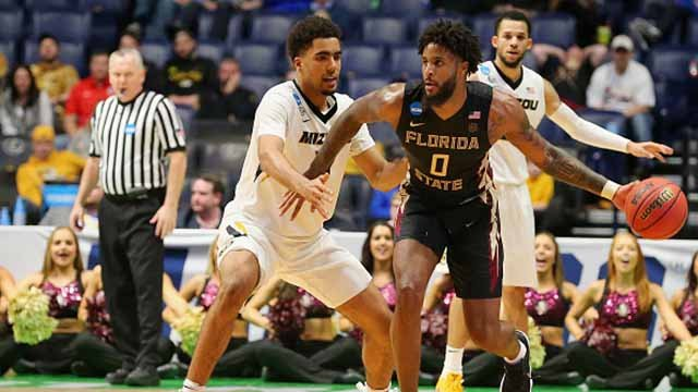 Phil Cofer #0 of the Florida State Seminoles dribbles with the ball against the Missouri Tigers during the game in the first round of the 2018 NCAA Men's Basketball Tournament at Bridgestone Arena on March 16, 2018 ( Frederick Breedon/Getty Images)