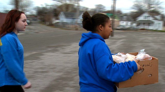 Students with Hancock High School in south St. Louis County helped make deliveries as part of the annual March for Meals campaign, a national effort to raise awareness of the importance of the program. (Credit: KMOV)