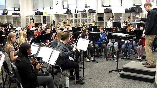 Tuesday evening, the Collinsville High School band hit the road for New York to play at the world-fa