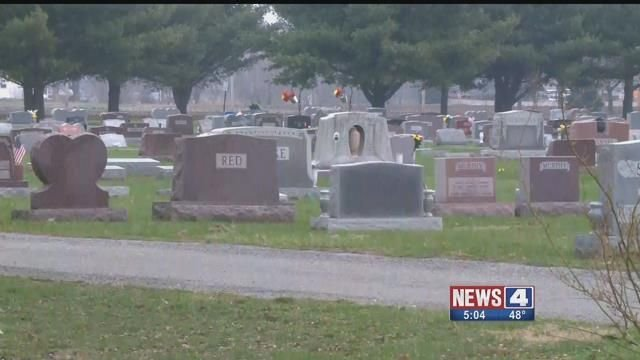 South Roxana Cemetery. Credit: KMOV
