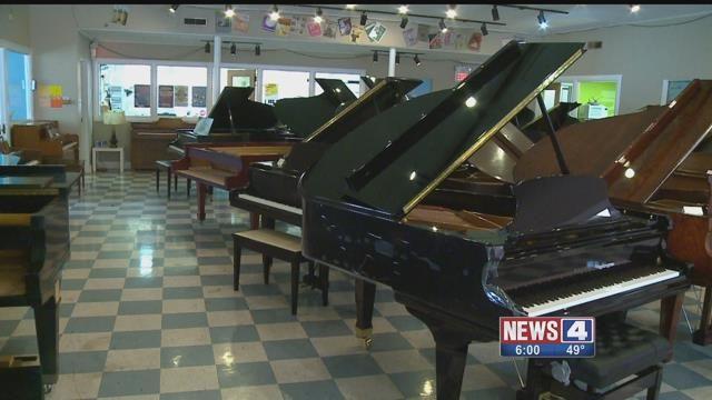 Jackson's Pianos. Credit: KMOV