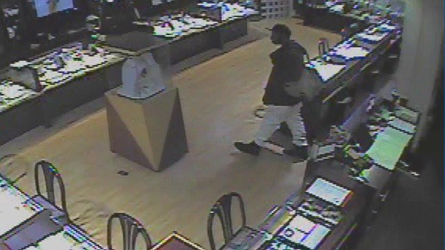 Clayton police released these photos of a suspect who robbed a jewelry store Thursday. (Credit: Clayton PD)