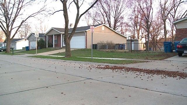 Police urge homeowners to lock their doors after several burglaries in Maryland Heights (Credit: KMOV)