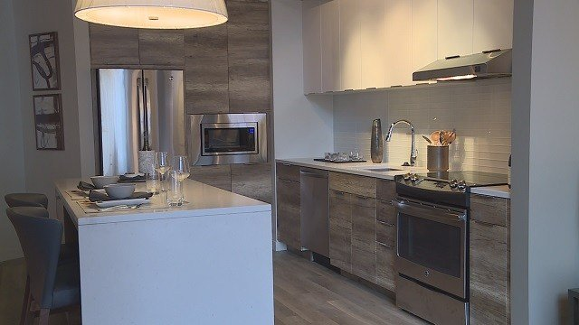 The kitchen of the Ballpark Village apartments display unit. (Credit: KMOV)