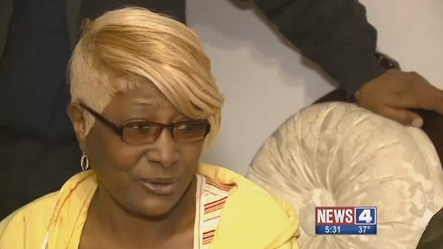 Dorothy Young speaks with News 4 after her son Roosevelt Davis Jr. was killed Saturday ( Credit: KMOV)