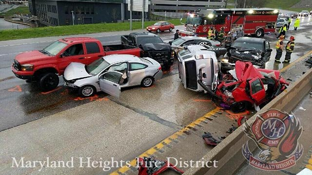 A multi-vehicle crash on I-270 near Page (Credit: Maryland Heights Fire Protection District)