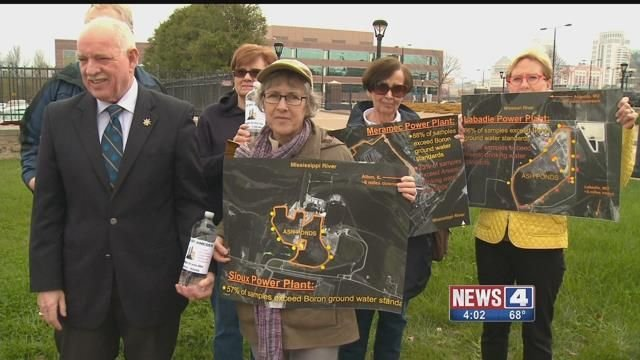 Residents concerned about their water gathered outside Ameren Headquarters in downtown St. Louis on Tuesday. Credit: KMOV