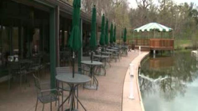 Outside of the Boathouse at Forest Park (Credit: KMOV)