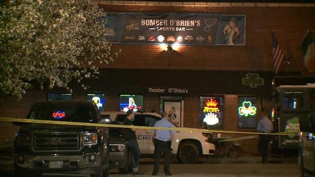 Police outside the Bomber O'Brien's Sports Bar early Friday (Credit: KMOV)