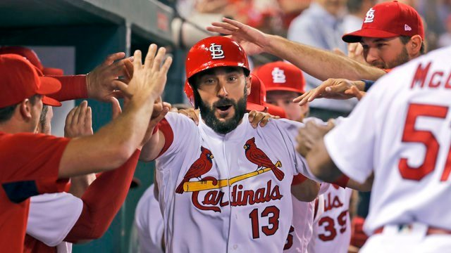 Martinez homers and pitches Cardinals past White Sox