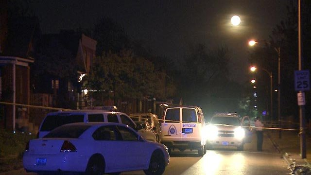 Police in the in the 4300 block of Aldine after a fatal double shooting Tuesday night (Credit: KMOV)