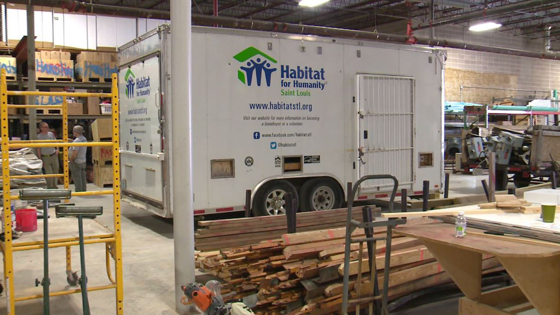 Habitat for Humanity opened a new headquarters and Restore in South St. Louis ( Credit: KMOV)