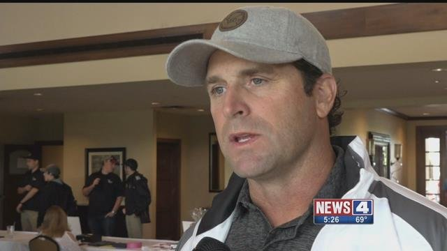 Cardinals manager Mike Matheny speaks at his annual golf tournament that benefits his charity, Catch 22. Credit: KMOV