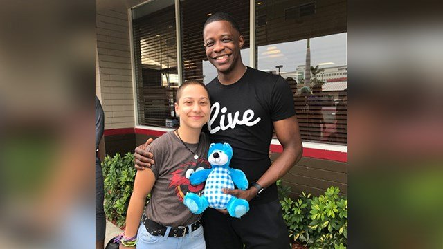 James Shaw Jr. and the Parkland High School survivors met in Miami Saturday and shared photos of their encounter. ( Credit: James Shaw Jr. Twitter account.)