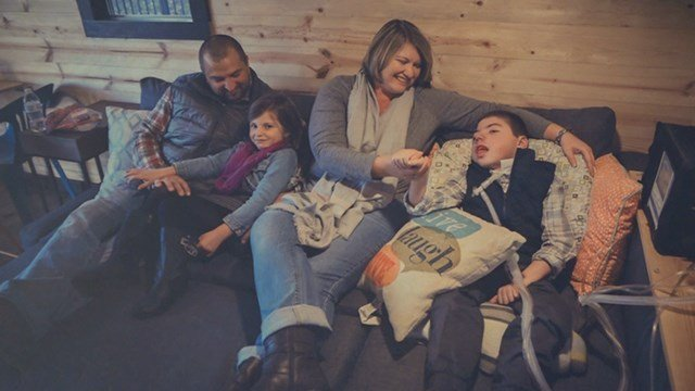 The Masinelli family spends more time at home with the help of new Cardinal Glennon's Complex Car Program. The program helps chronically ill kids like 10-year-old Kelan, far right. ( Credit: KMOV)