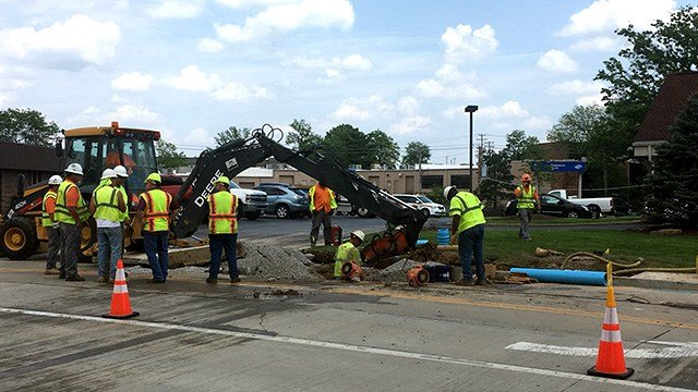 A section of Progress Parkway in Maryland Heights collapsed Monday afternoon due to a water main break. (Credit: KMOV)