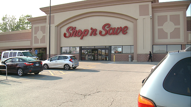 The former Shop 'n Save in Maplewood that closed last June. (Credit: KMOV)