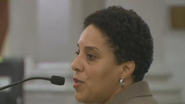 Circuit Attorney Kim Gardner answering questions from aldermen (Credit: KMOV)