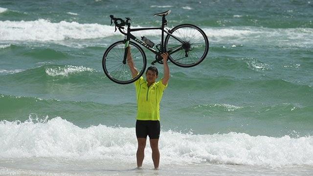Wade Hahn made it to the beach Sunday (Credit: Erika Hahn)