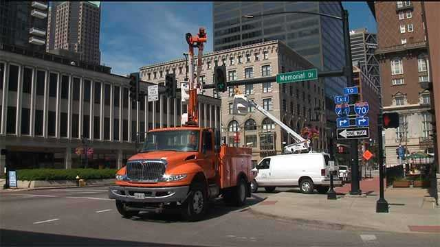 License plate readers were removed from two St. Louis intersections on Monday. (Credit: KMOV)