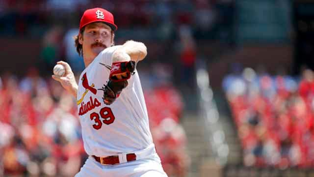 St. Louis Cardinals starting pitcher Miles Mikolas throws during the first inning of a baseball game against the Miami Marlins Thursday, June 7, 2018, in St. Louis. (AP Photo/Jeff Roberson)