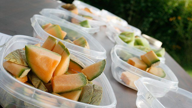 CDC confirms 5-state salmonella outbreak linked to pre-cut melon