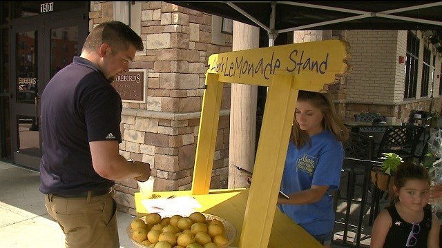 Firebirds in St. Charles is raising money for childhood cancer this weekend. (Credit: KMOV)