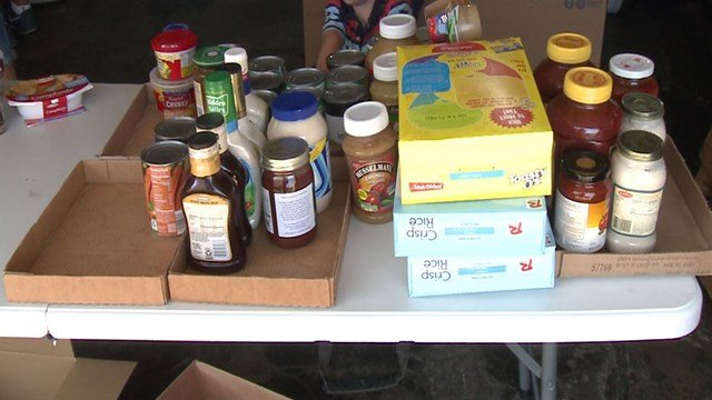 The nation's largest food redistributor is helping get rid of hunger in the St. Louis area (Credit: KMOV)