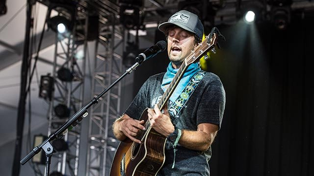 Jason Mraz performs at Bonnaroo Music and Arts Festival on Saturday, June 11, 2016, in Manchester, Tenn. (Photo by Amy Harris/Invision/AP)
