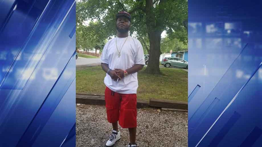 """Authorities are looking for 35-year-old Lopez """"Lo"""" D. Brown. Credit: Cahokia PD"""