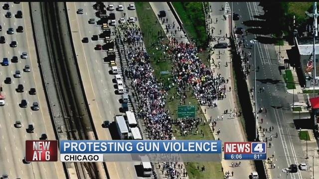 Protesters partially blocked a Chicago freeway Saturday afternoon. (Credit: KMOV)