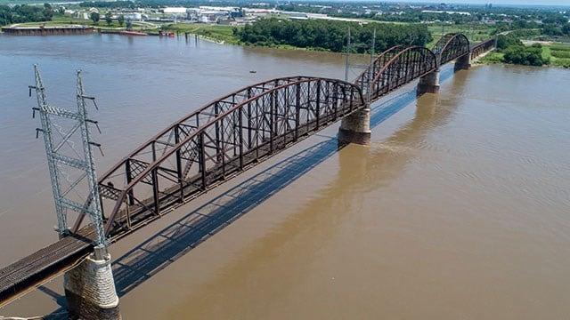 Merchants Bridge (AP Photo/Jeff Roberson)