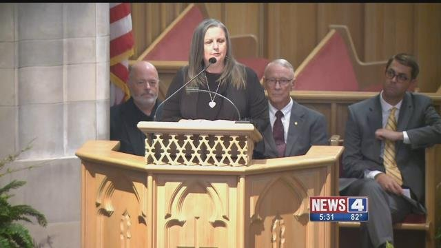 Branson Mayor Karen Best speaks at memorial service Sunday( Credit: KMOV)
