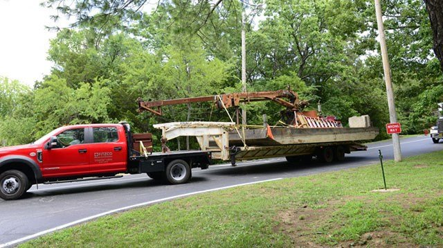 Salvage equipment that will be used to remove Stretch Duck 7 begins to arrive at the staging area at Table Rock Lake near Branson, Missouri, July 22, 2018. (Credit: U.S. Coast Guard Petty Officer 3rd Class Lora Ratliff)