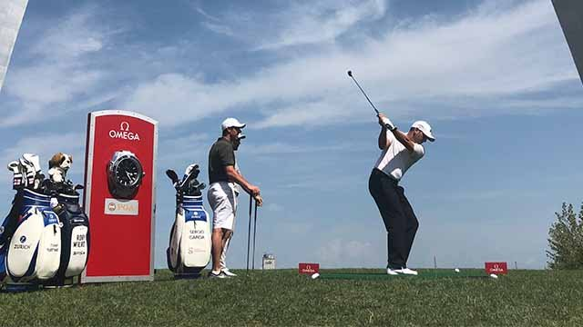 Sergio Garcia competes in the Omega 'closest to the pin' competition at the Gateway Arch Monday afternoon. (Mike Ritter / KMOV)