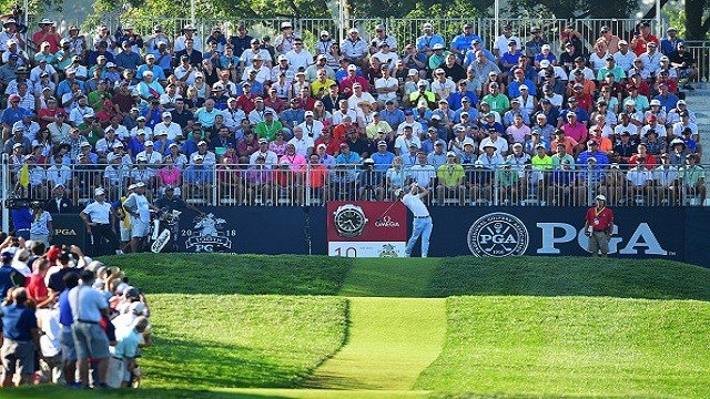 Justin Thomas of the United States plays his shot from the tenth tee during the first round of the 2018 PGA Championship at Bellerive Country Club on August 9, 2018 in St Louis, Missouri. (Photo by Stuart Franklin/Getty Images)