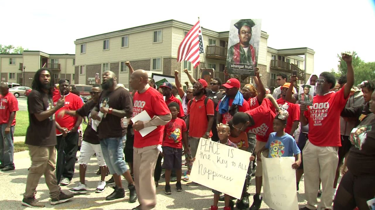 A group of people got together to remember Michael Brown 4 years after he was shot and killed. (Credit: KMOV)