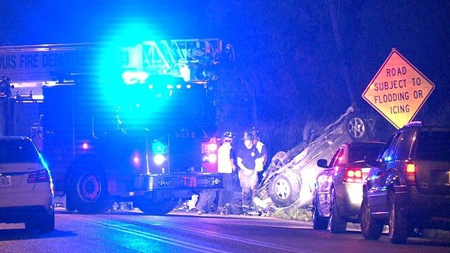 The scene of a fatal crash on Riverview near the old Chain of Rocks Bridge (Credit: KMOV)