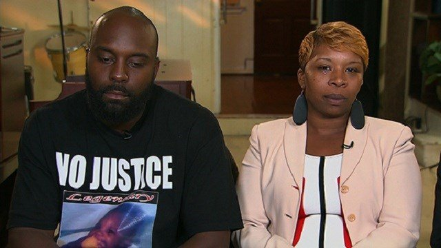 Michael Brown Sr. & Lezley McSpadden (Credit: AP Images)