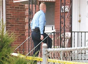 Police investigate homicide in south St. Louis. By KMOV Web Producer