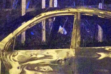 firefighters battle early morning car fire in north St. Louis By KMOV Web Producer