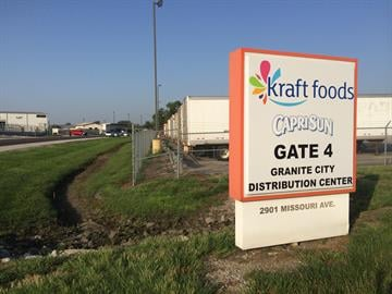 Two people were killed at a Granite City recycling plant Monday morning. By Stephanie Baumer
