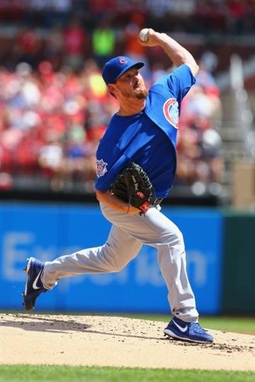 ST. LOUIS, MO - AUGUST 31: Starter Travis Wood #37 of the Chicago Cubs pitches against the St. Louis Cardinals in the first inning at Busch Stadium on August 31, 2014 in St. Louis, Missouri.  (Photo by Dilip Vishwanat/Getty Images) By Dilip Vishwanat